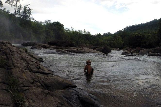 Waterfall Sri Lanka Roadtrip